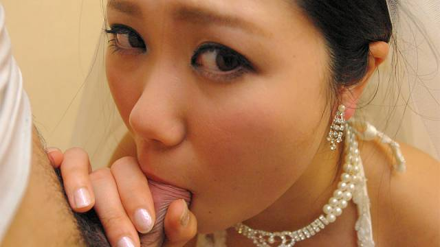 Emi Koizumi fucked on her wedding day