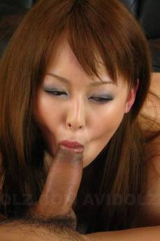 Ichika fucked in threesome gets toys in vagina too